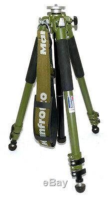 Bogen Manfrotto 3205G / 190NAT Tracker Tripod with Strap in NEAR MINT Condition