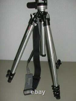Bogen Manfrotto Tripod 3011 with 3030 Head Camera Professional Extendable NICE