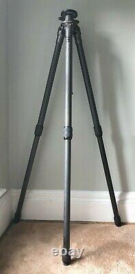 Gitzo Carbon Fiber Tripod Legs used with Grooved Center Column & Accessory Hook