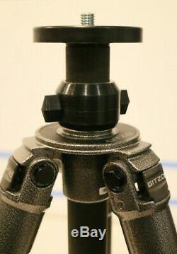 LN Gitzo 1228 Mk2 Mountianeer 2 carbonfiber four section tripod G1228MK2 unused